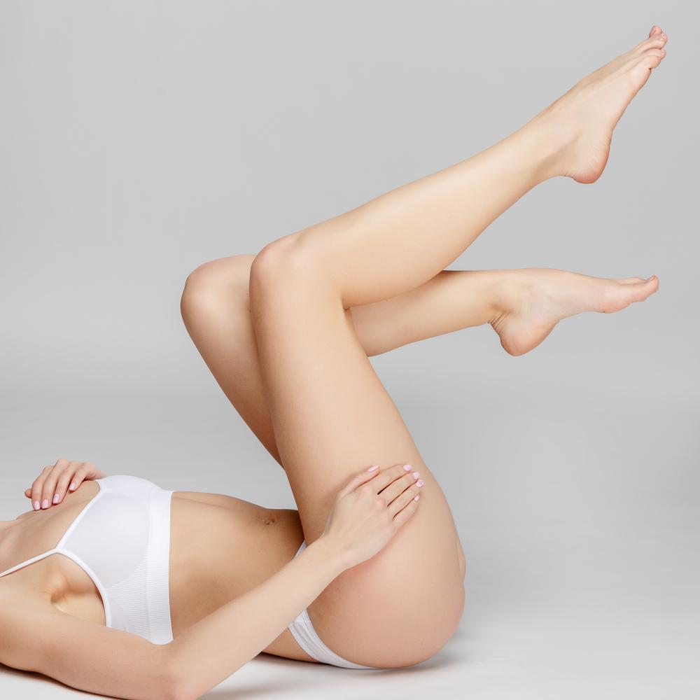 Luce unas piernas perfectas